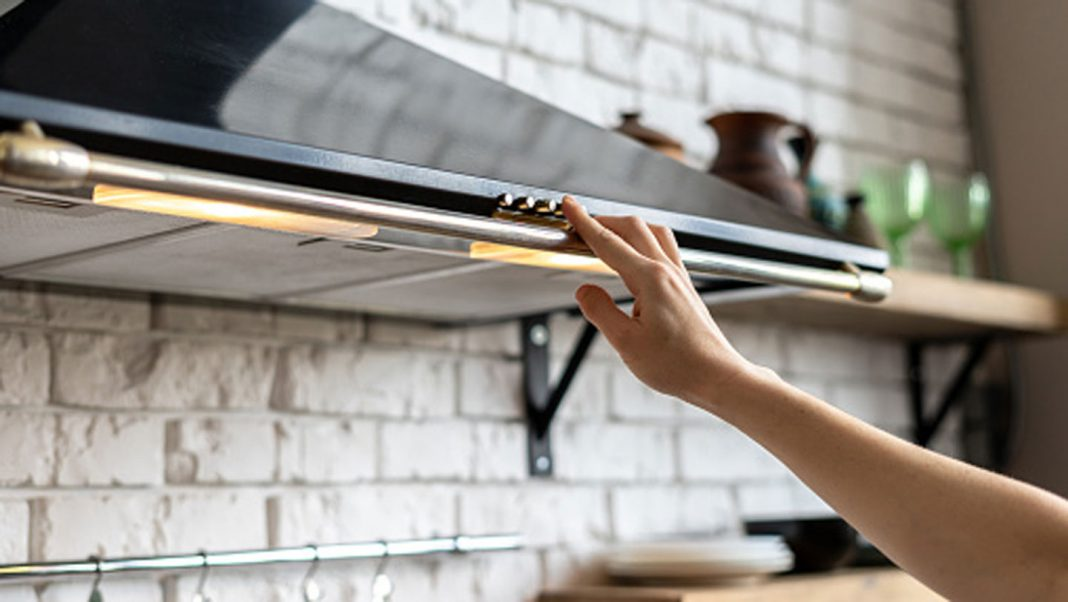 5-Types-of-Range-Hoods-You-Should-Check-Before-Buying-on-thestuffofsuccess