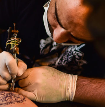 Tattoo-Peeling-Things-You-Must-Do-to-Care-Your-Skin-on-thestuffofsuccess-info