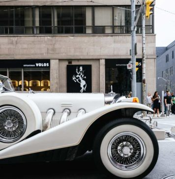 What-You-Should-Know-When-Book-A-Limo-for-Prom-on-thestuffofsuccess-info